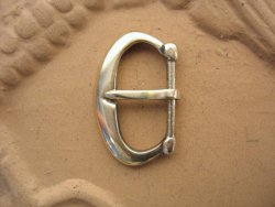 B-135 D-shaped belt buckle