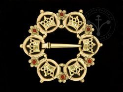 BR-11C Brooch with crowns - with carnelians