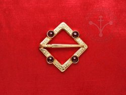 BR-12K Brooch with garnets - GOLD PLATED