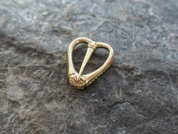 BR-18 Heart shaped brooche